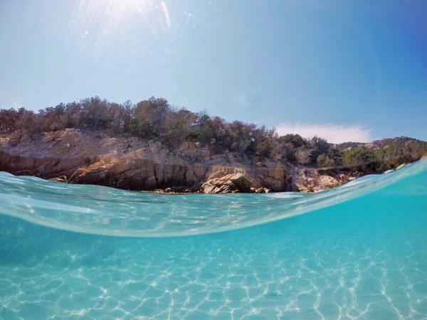 L'acqua di Cala Granara a Spargi