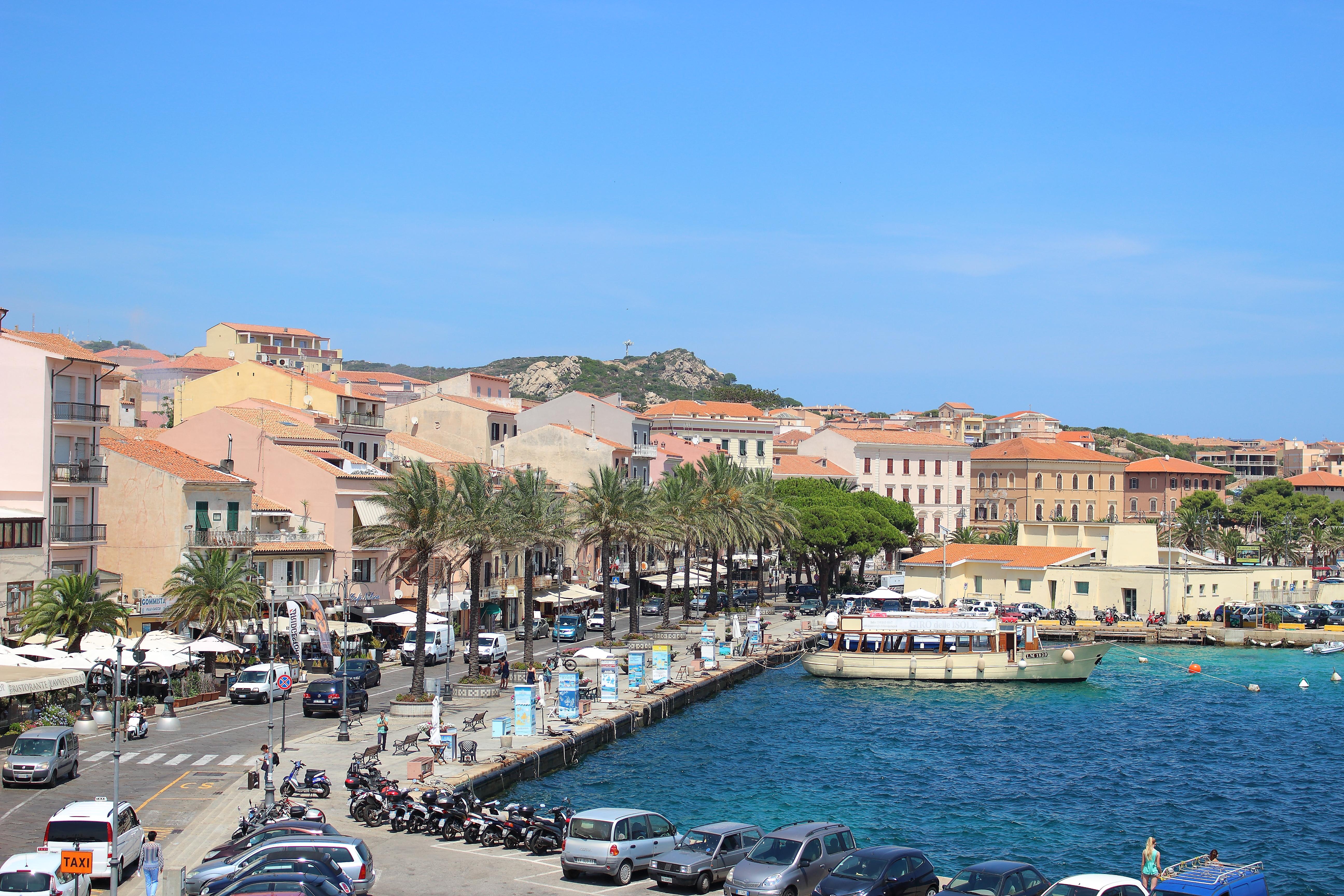 Il porto di La Maddalena