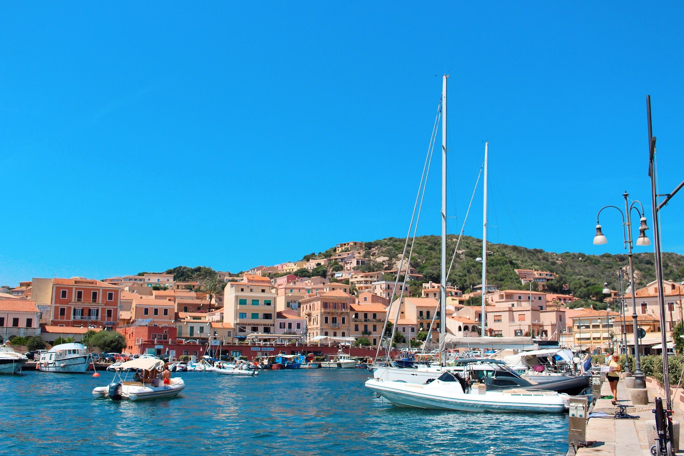 Il porto dell'isola di La Maddalena