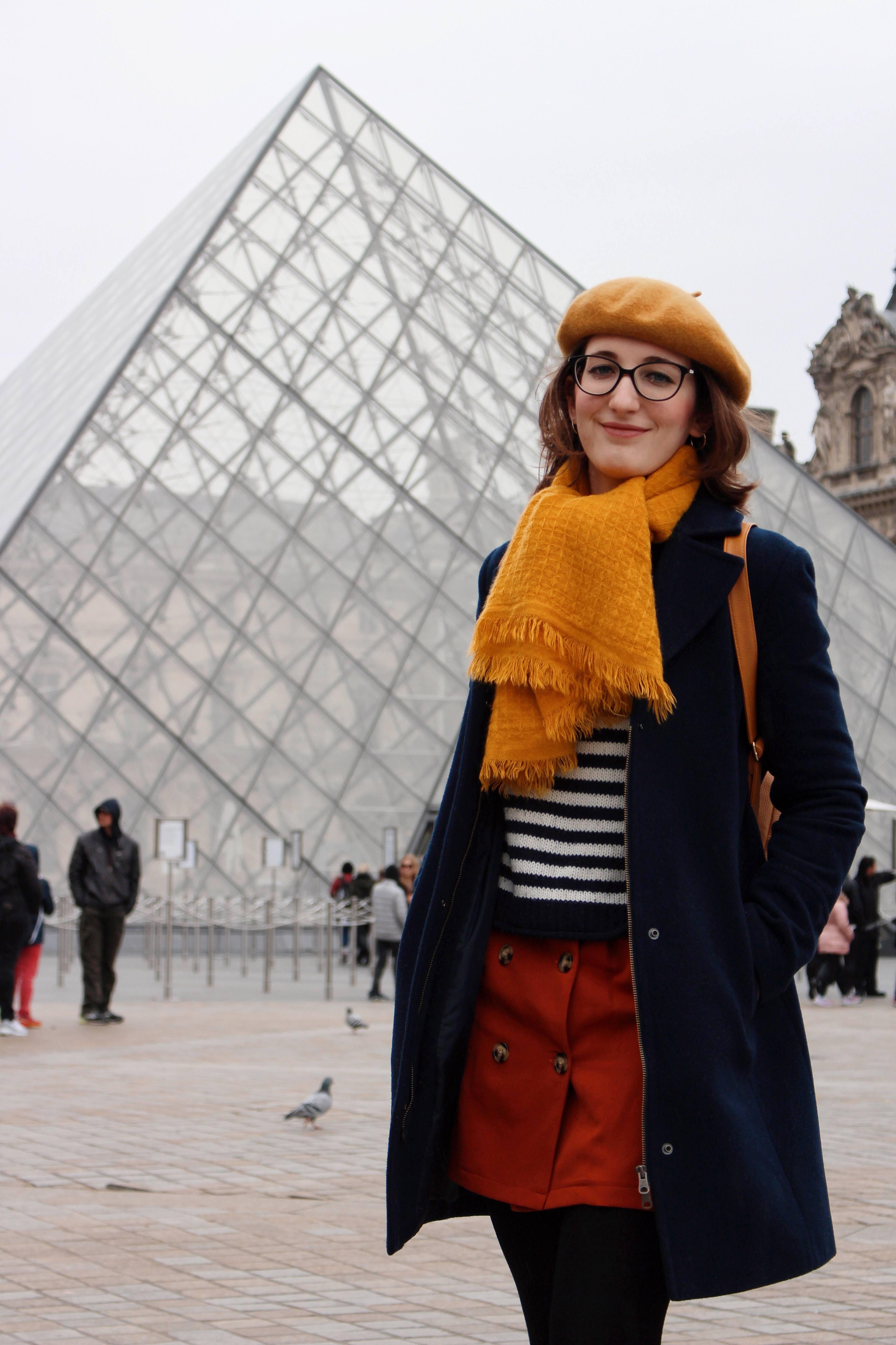 Ultima foto davanti il Louvre